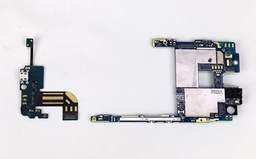 中兴智能手机axon天机拆机图文并茂