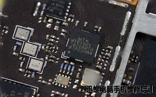 金立s5.5智能手机拆机论做工!