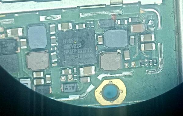 华为畅享8Plus手机进水不开机维修