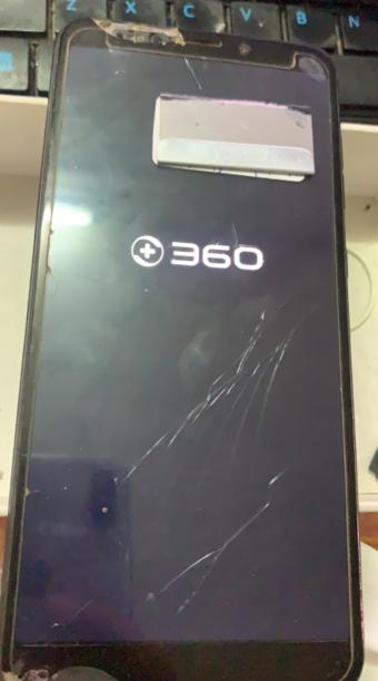 360 N6手机开机卡LOGO反复重启维修