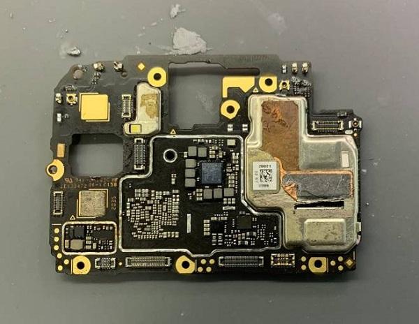 OPPO A32手机无法开机维修
