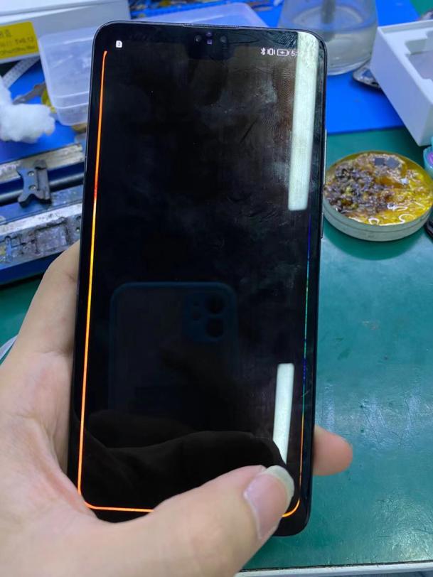 自行换屏导致华为Mate 30手机后摄像头打不开闪退维修