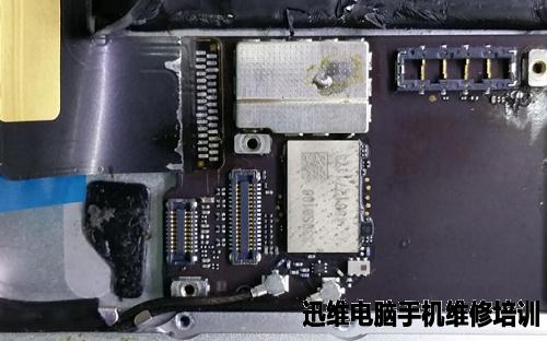 ipad mini 插u盘_iPad mini尾插排线坏及左喇叭无声音维修一例_电脑维修培训_手机 ...